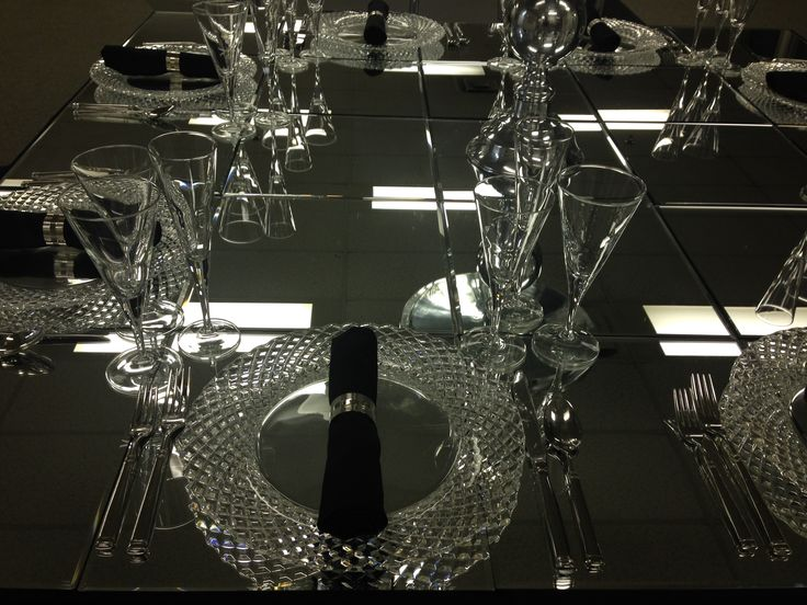 Sparkling for Awards season! | Bormioli Stemware, Hudson Flatware, Cut Crystal Charger plate, Black Cotton Napkin