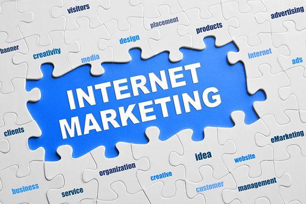 Boosting Site's Traffic Through Social Media & Network on Behance