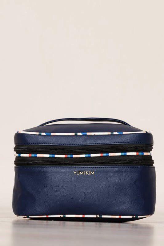 46b937892b76 Pin by Mercedes Erpelding on My Posh Closet | Makeup train case, Train  case, Makeup case