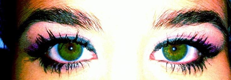 Purple shadow to enhance hazel/green eyes :)