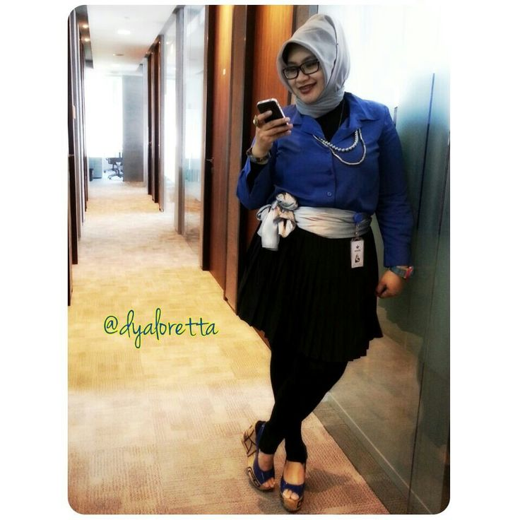 Blue Office Mate