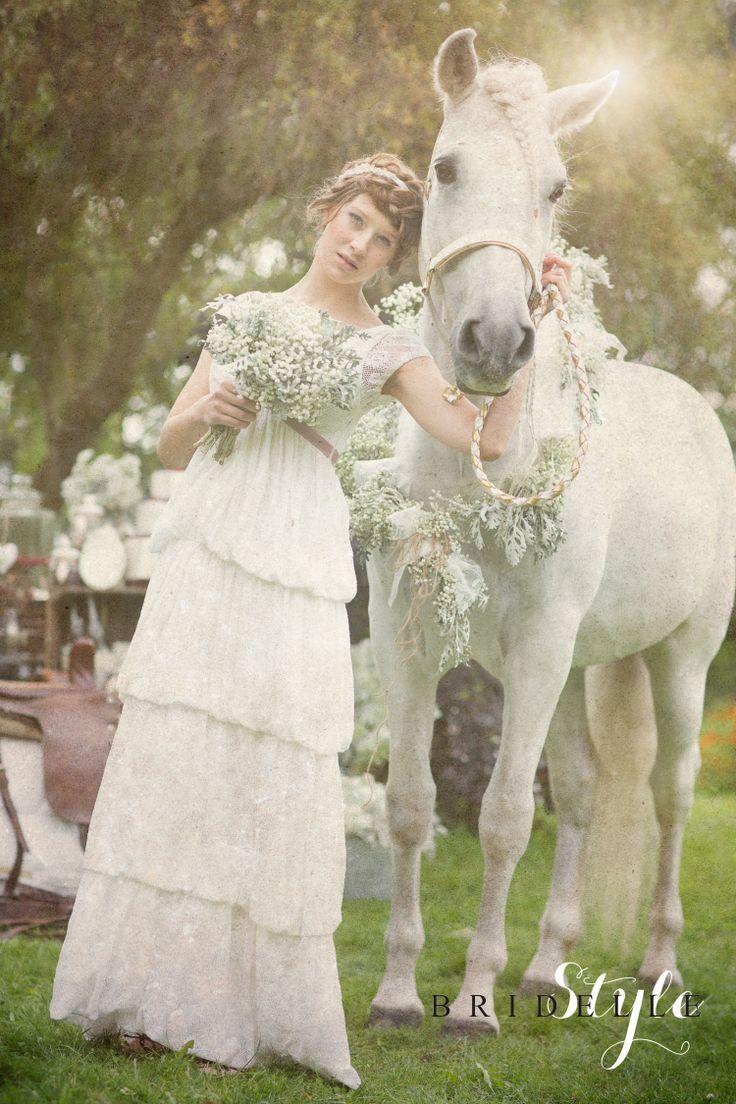 suknia ślubna FEMINI http://butik.femini.pl/ sesja OLIVIA KONICKA PHOTOGRAPHY dla magazynu Bridelle STYLE/www.bristyle.pl