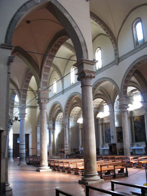 Базилика святого Климента (Basilica di San Clemente in Santa Maria dei Servi). Интерьер.