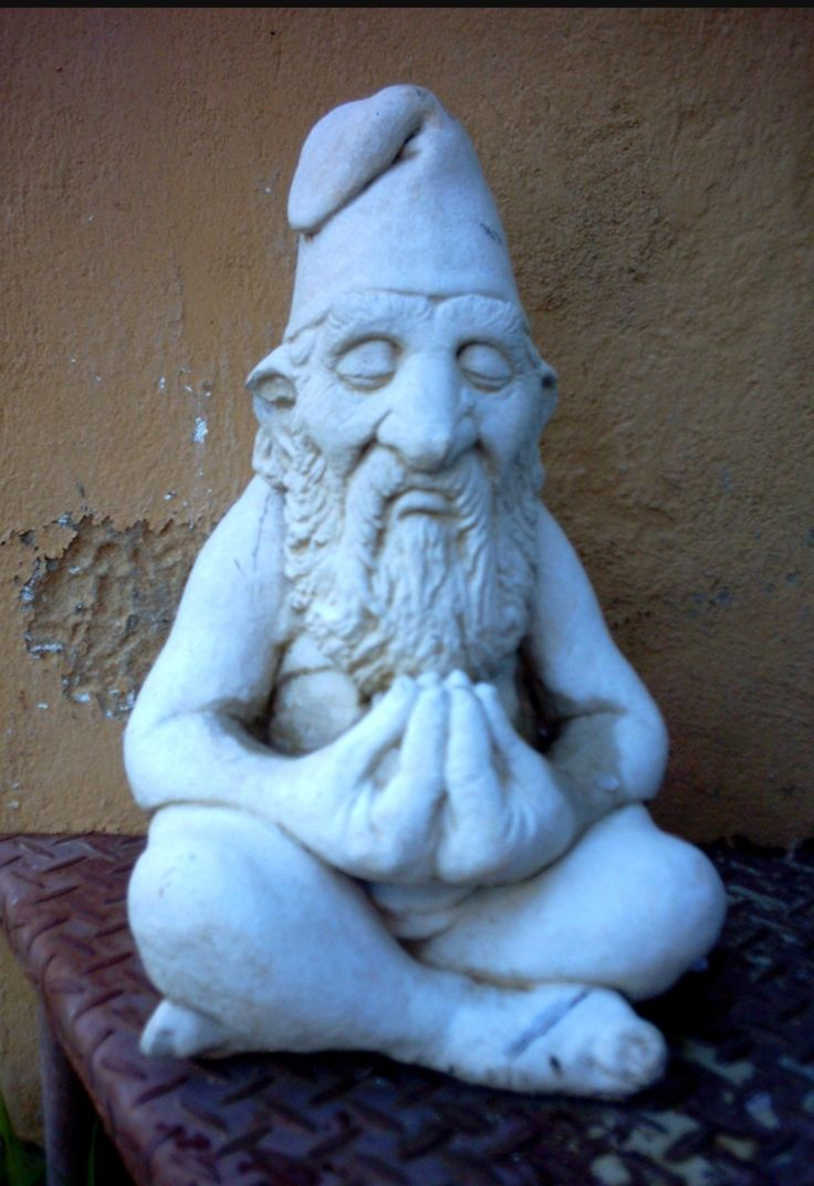 Stoned gnome Artist unknown