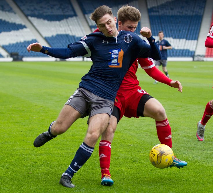 Queen's Park's Gavin Mitchell in action during the Ladbrokes League One game between Queen's Park and Albion Rovers.