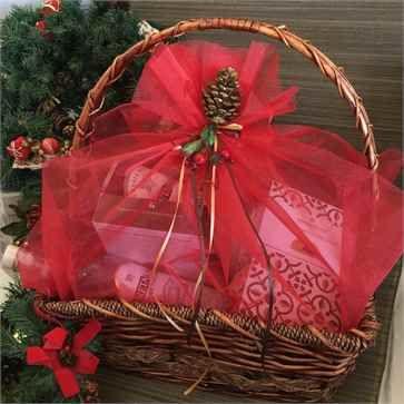 Christmas Gift Basket for Cretan Goods