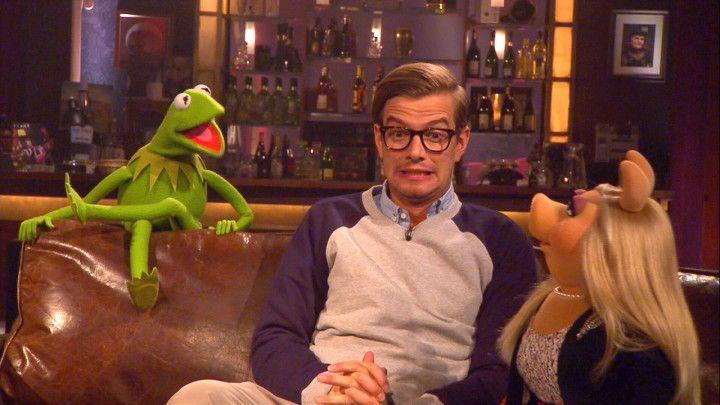CIRCUS HALLIGALLI am 28.04. 2014 : #Joko küsst Kermit den Frosch - HYYPERLIC