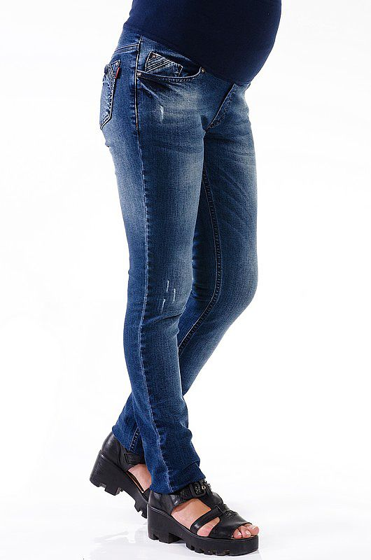 Джинсы для беременных с высоким трикотажным бандажом, который хорошо поддерживает живот. #odejdadlyaberemennih #брюкидлябеременных #будумамой