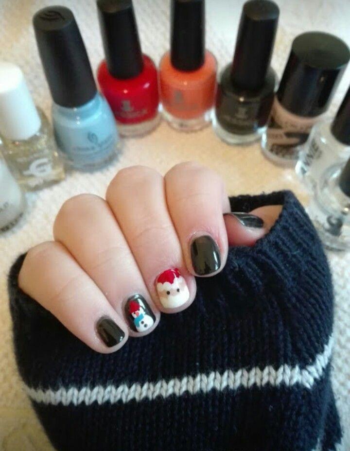 #nails #nail #nailart #naildesign #christmas #christmasnails #penguin #santaclaus #cute #pretty #easy