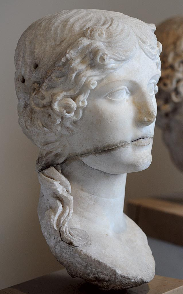 Agrippina the Elder, granddaughter of Augustus, mother of Emperor Caligula, mother of Empress Agrippina the Younger, grandmother of Emperor Nero, Roman bust (marble), 1st century AD, (İstanbul Arkeoloji Müzeleri, Istanbul).