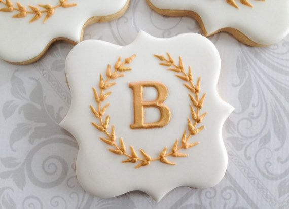 Elegant White and Gold Laurel Wreath Monogram Cookies - For all your cake decorating supplies, please visit craftcompany.co.uk