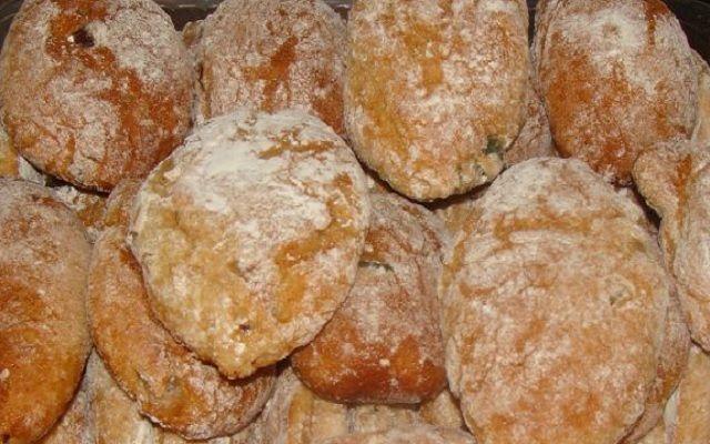 Receita de Broinhas de Batata com Abóbora e Frutos Secos | Doces Regionais