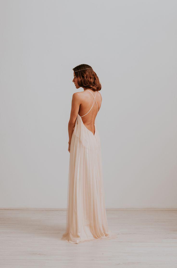 Nora Sarman / Dress Bounty