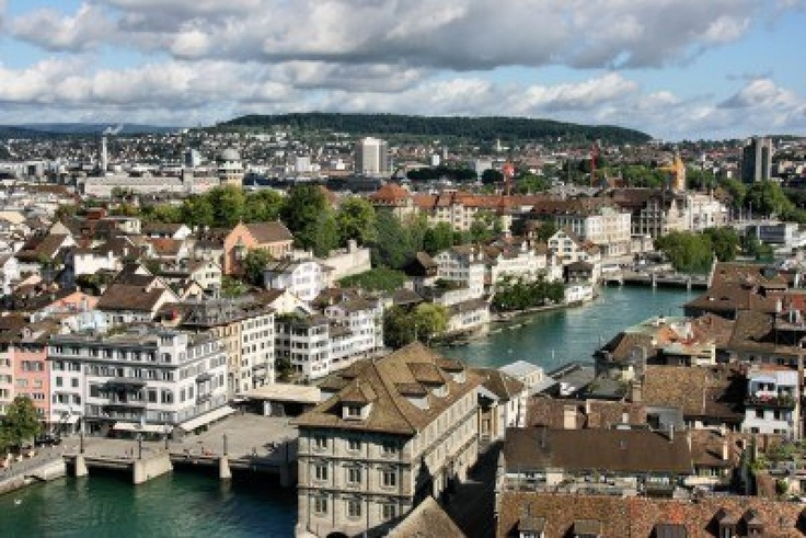 Cityscape-of-beautiful-old-town of Zurich, Switzerland