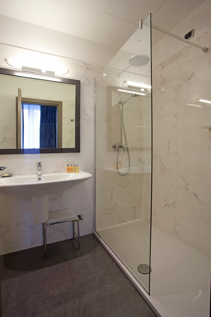 New bathroom of new Junior Suites@ligurealassio