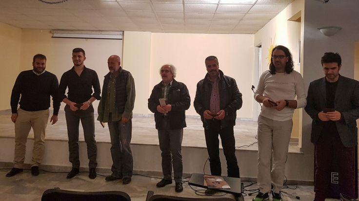 Με επιτυχία η παρουσία του ντοκιμαντέρ Η τέχνη του Μαντολίνου στην Κρήτη μέρος 1 Με μεγάλη επιτυχία ολοκληρώθηκε η εκδήλωση της παρουσίασης του Ντοκιμαντέρ με τίτλο η τέχνη του μαντολίνου στην Κρήτη μέρος 1. https://www.imonline.gr/gr/ta-nea-mas/me-epituxia-i-parousia-tou-ntokimanter-i-texni-tou-mantolinou-stin-kriti-meros-1-1247