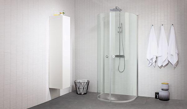 Dusch mitt på väggen   INR märke LINC