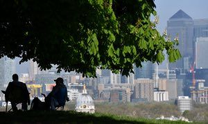 Greenwich Park: good views of London, and, apparently, origin point of the known universe. Along with everywhere else.