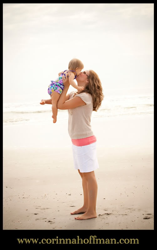 Mom and baby girl picture on the beach www.corinnahoffman.com