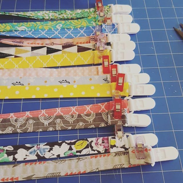 You will find me at the Jimboomba Markets this Saturday with lots of bargins to be found. Old stock reduced to clear. Also working on some little extra goodies as well like these dummy clips. #itsmarkettime #bitsandbobs4bubs