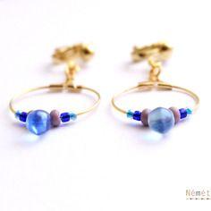 Boucles d'oreilles clip créoles - minimaliste - perle goutte verre cristal de bohême - bleu, mauve, doré - femme