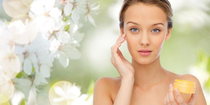 Cea mai buna crema antirid pentru ochi este cea bazata pe ingrediente bio, de calitate, in masura sa combata ridurile si sa hidrateze pielea in profunzime, hranind-o. http://boxi.ro/a246