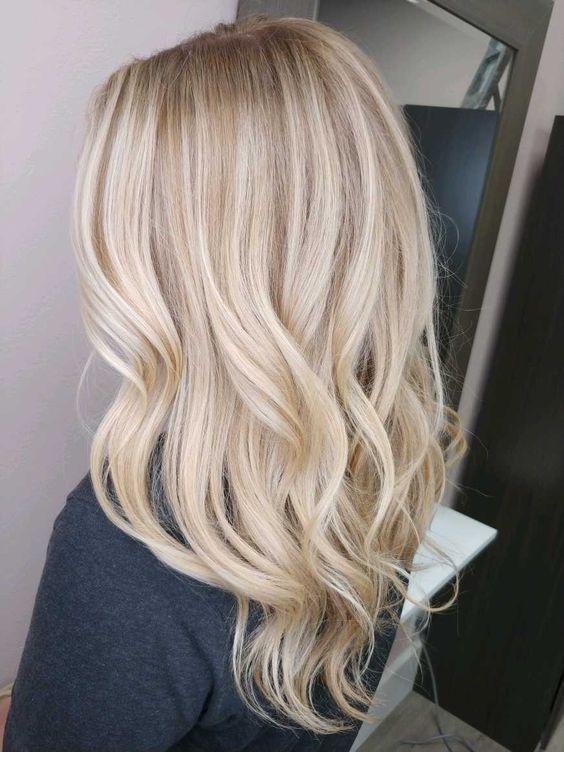 Pure diamond blonde hair color | Inspiring Ladies