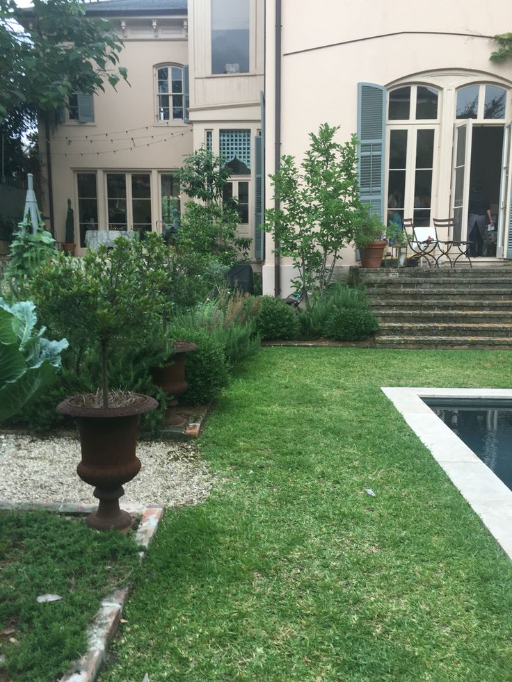 70 best images about new orleans on pinterest gardens for Courtyard landscaping adelaide