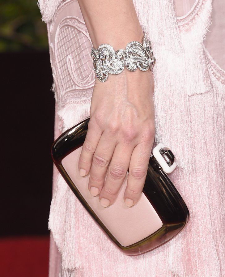 Pin for Later: These Are the Best Manicures From the Grammys Red Carpet Cate Blanchett, Golden Globe Awards Cate matched her beige-pink manicure to her clutch. Manicurist Tracylee used Dior Vernis in #108 Muguet ($27) to create the pretty look.