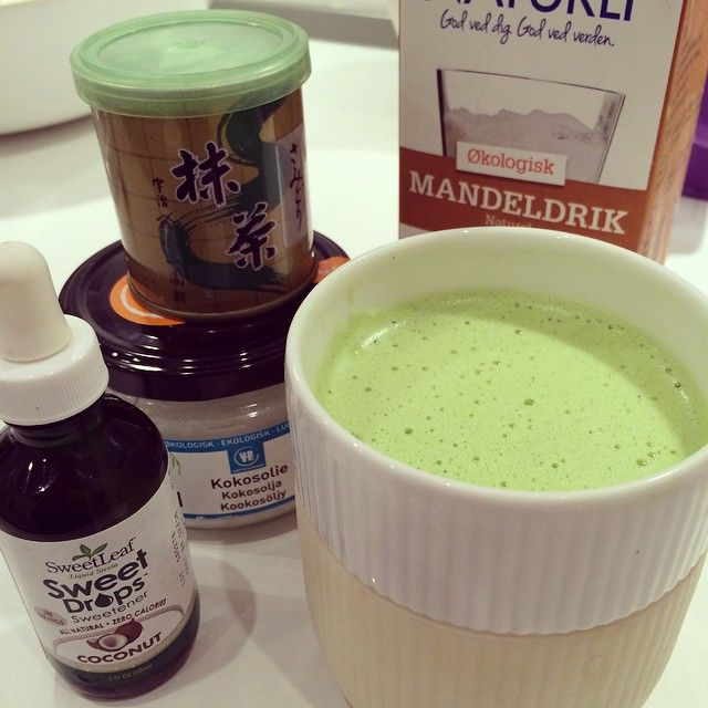 matcha-latte med mandelmælk