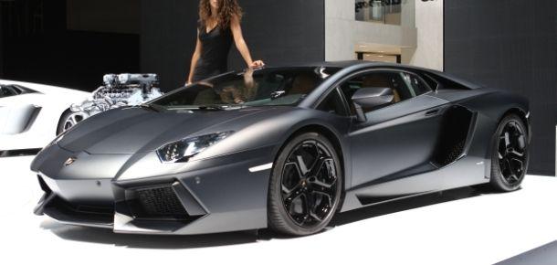 Lamborghini makes Aventador more fuel efficient for 2013   The Car Tech blog - CNET Reviews