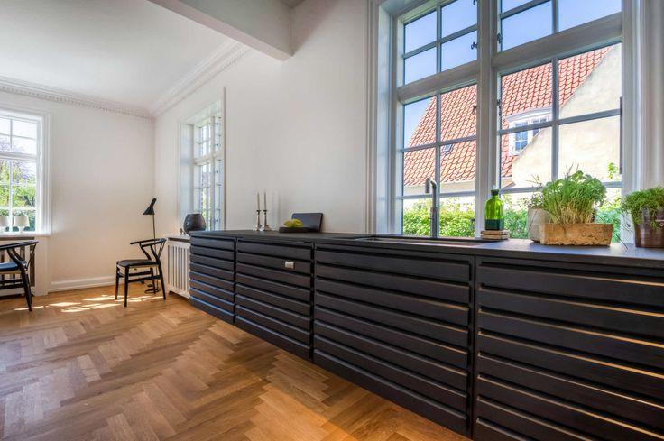 uno form køkken i en klassisk dansk patriciervilla   Case