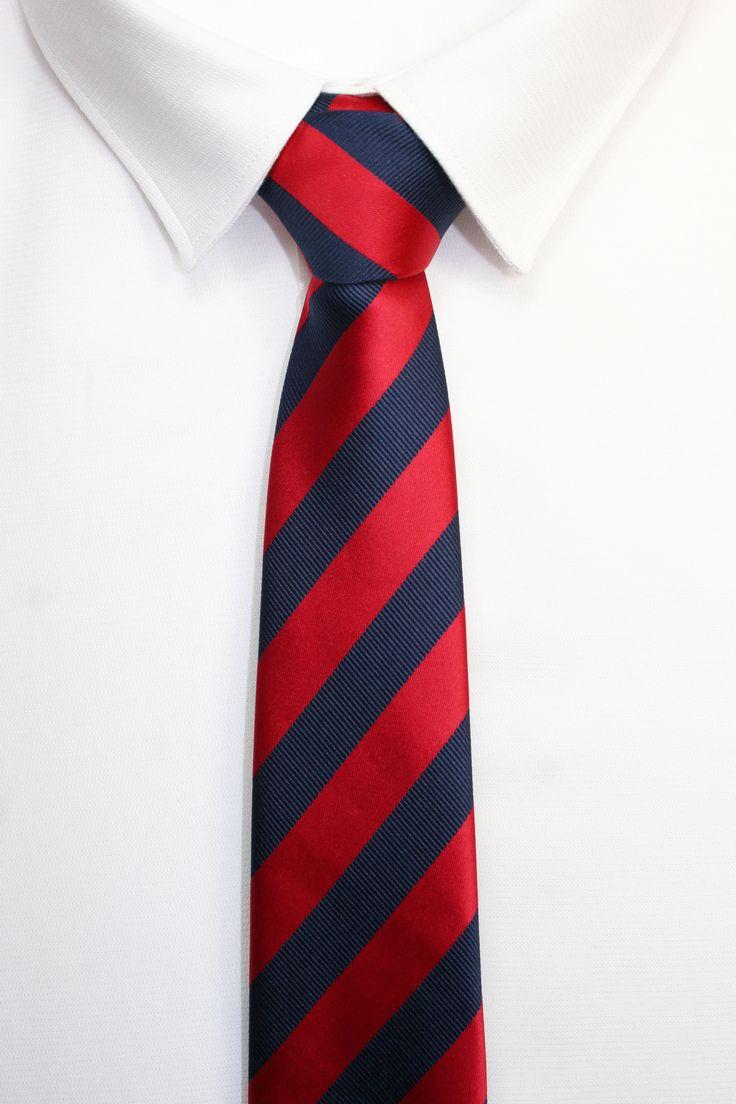 https://www.corbatasygemelos.es/corbatas-rayas-anchas/413-corbata-rayas-rojas-azul-ii.html