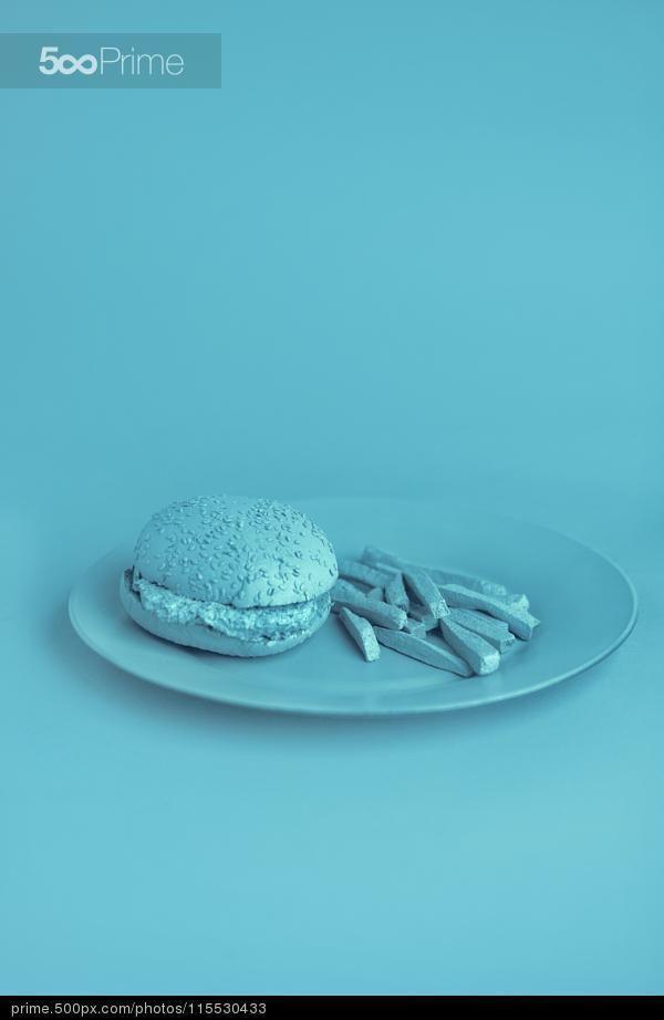 Food Pyramid Blue - Elif Sanem Karakoç