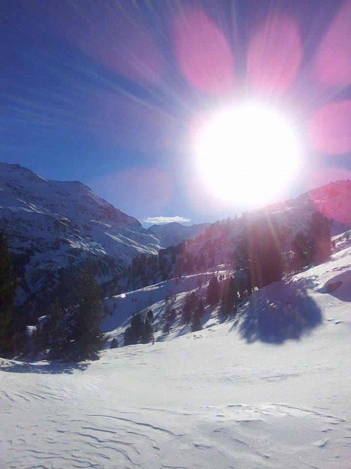 Mezzogiorno sulle piste da sci di Santa Caterina Valfurva