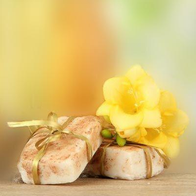 Seife herstellen - Seifen-Rezept: Handgemachte Naturseife mit zartem Duft