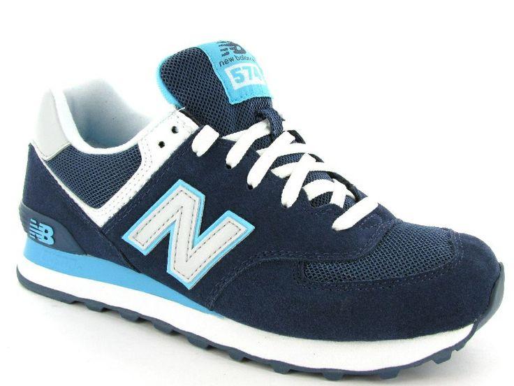 Donkerblauwe New Balance sneakers. Artikelnummer WL574S. €99,95 #sneakers #newbalance