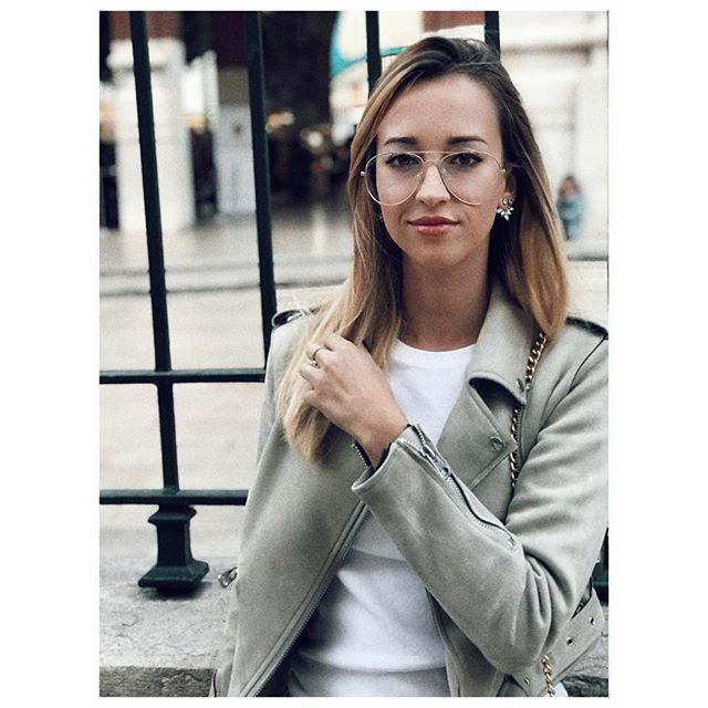 Reposting @patriciafuentes9: Lo mejor de la vida nunca se planea, simplemente sucede 🌷 #valencia #mercadocolon #españa #foto #fotografia #photo #photography #photographer #blog #blogger #bloggers #bloggerspain #style #girl #zara #inditex #moda #influencer #photooftheday #picoftheday #pic #photoday #monday #mondaymood