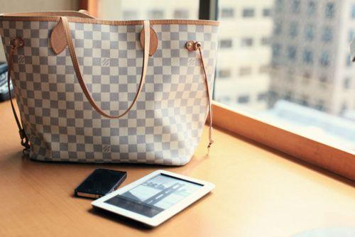 #Louis Vuitton #Neverfull