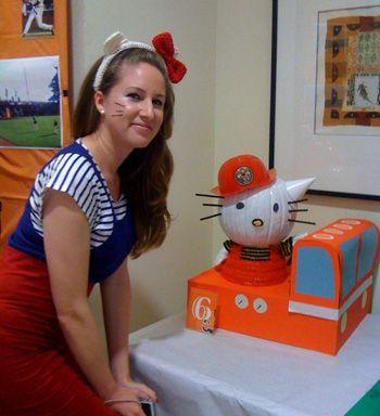 tatiana supports the arts diy hello kitty halloween costume - Halloween Hello Kitty Costume
