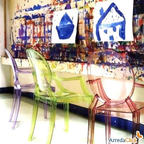 Chaise empilable Louis Ghost par Kartell - ARREDACLICK