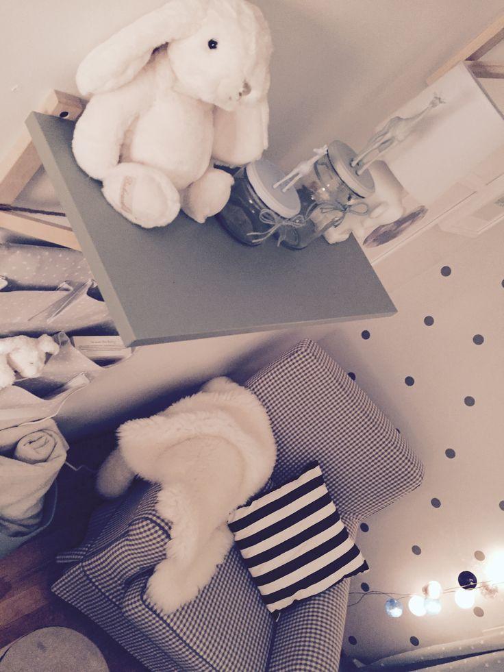 BABY / NURSERY / INTERIOR / BEDROOM / IDEAS / SCANDINAVIAN / PASTEL / MINT GREEN / BABY BLUE / ELEPHANT / GREY //