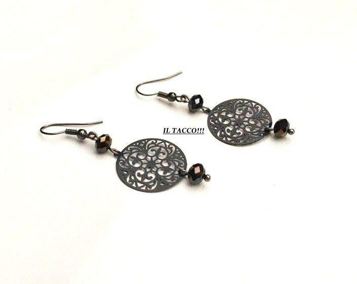 Earrings gunmetal round elements, black beads!!! Il Tacco!!!