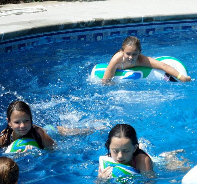 31 Best Dolphin Kids Pool Party Ideas For Decorations