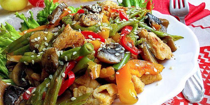 Тёплый салат из курицы с грибами : Салаты : Кулинария : Subscribe.Ru