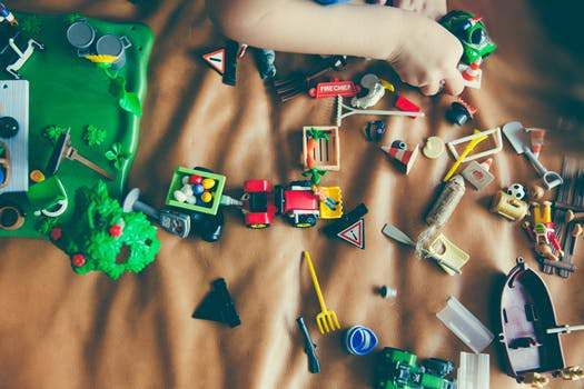 Vendégposzt: Cserta Szandra – A rend kialakítása és fenntartása gyerekkel közösen |