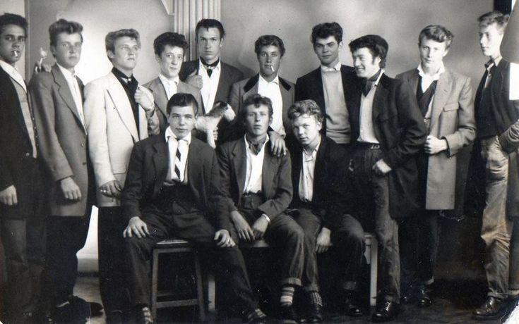 Cravatte e coltelli a serramanico: la storia dei teddy boy inglesi