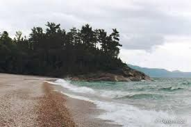 Agawa bay provincial park - one of my favorite places.