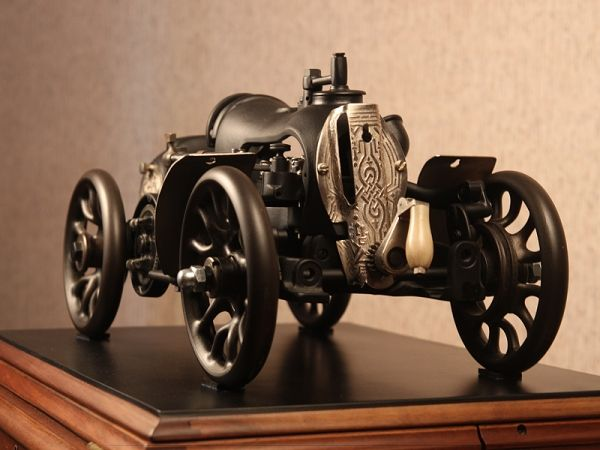 Car from old sewing machine parts. Beautiful. WOW I Love and want!!!