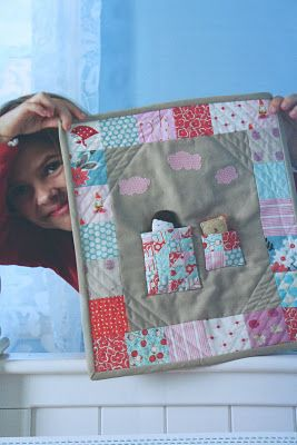 Small quilt with doll and bear pouches. Must try this!